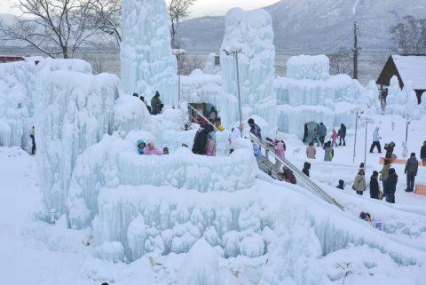 支笏湖氷濤まつりの滑り台